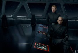 Domhnall Gleeson (General Hux) and Richard E. Grant (Allegiant General Pryde) lead the First Order in STAR WARS: THE RISE OF SKYWALKER (2019)