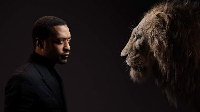 Chiwetel Ejiofor is the voice of Scar in THE LION KING (2019)