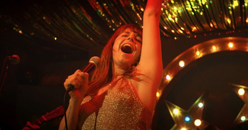 Jessie Buckley stars in WILD ROSE (2019)
