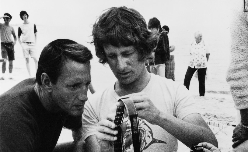Roy Scheider and Steven Spielberg on the set of JAWS.