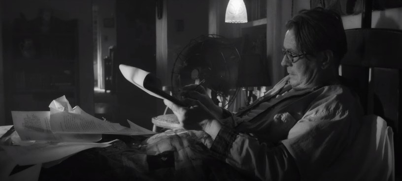 Gary Oldman stars as CITIZEN KANE screenwriter Herman J. Mankiewicz in director David Fincher's MANK (2020)
