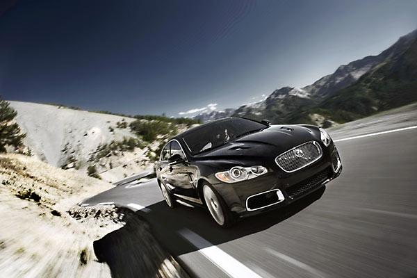 Jaguar XFR ziet er gemeen uit