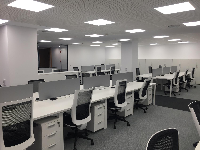 Mobiliario de oficina sillería oficina Bilbao