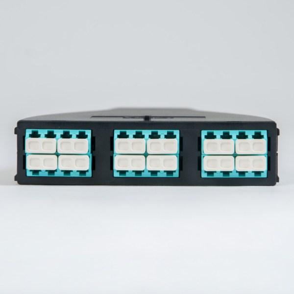 Plastic Cassette LC MPO 24F 10G OM3 50 125 Front ICFC24MLPG