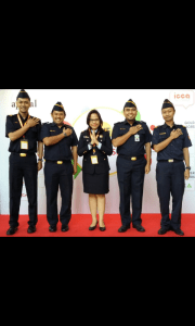 "Perwakilan call center Bea cukai dengan Motto "" Connecting With Heart """