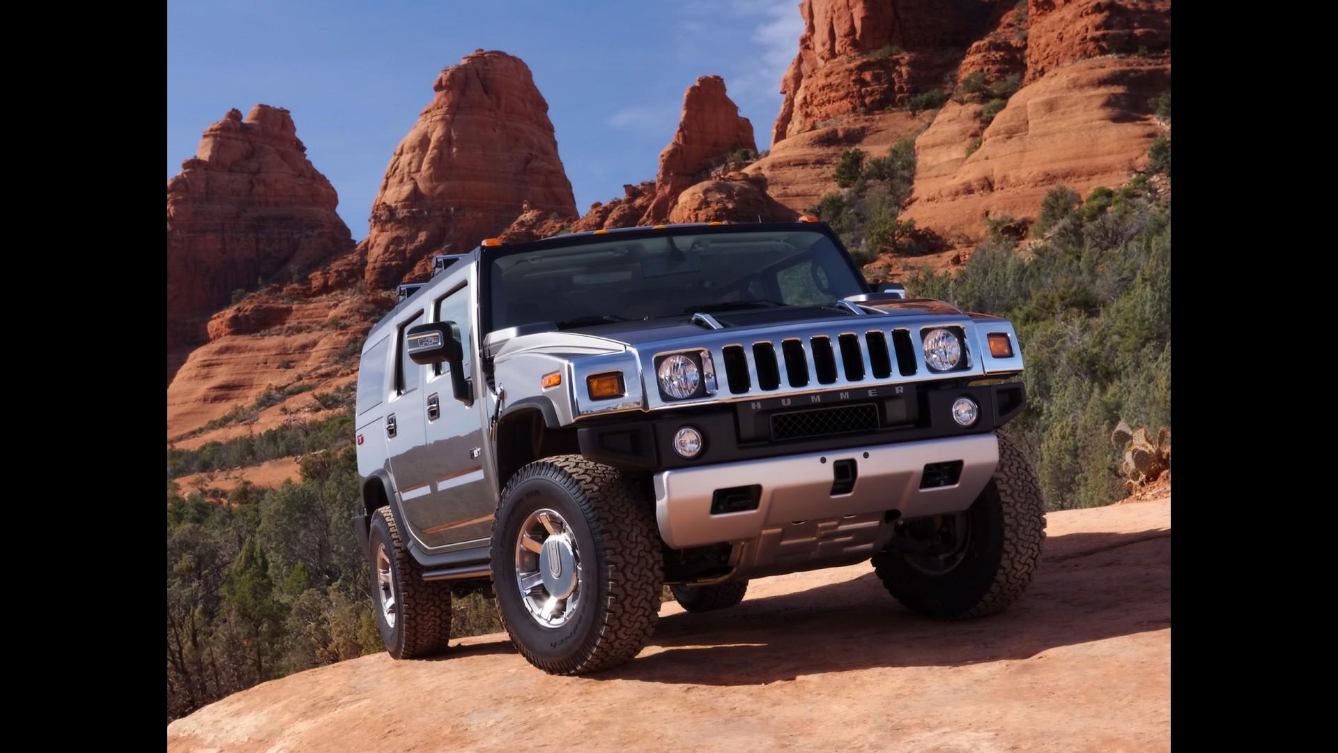 100 [ 2010 Hummer H2 Owner S Manual ]