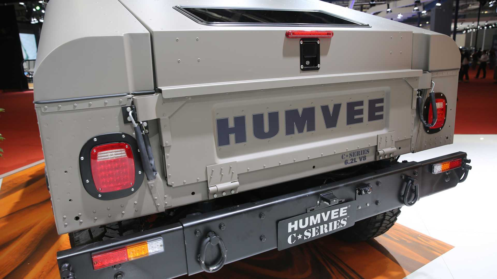 You Can Now Buy A Brand New 25 Year Old Hummer H1