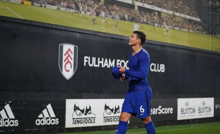 Chelsea star Thiago Silva gifts shirt to Fulham stadium worker