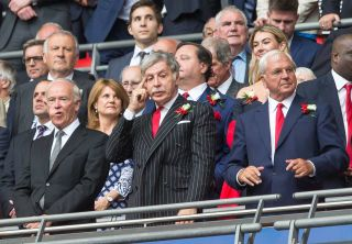 Benzema makes it 3-0 to Real Madrid before half-time Stan Kroenke watches Arsenal in 2017 FA Cup Final 320x222