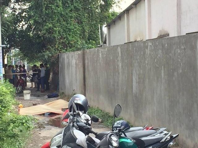 Chồng chết, vợ bỏng nặng trong căn nhà nồng nặc mùi xăng - 2