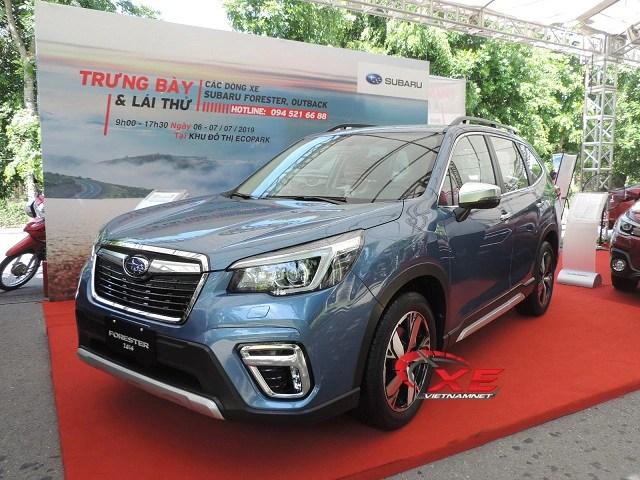 Khách Việt thờ ơ với giá ô tô giảm mạnh - 3
