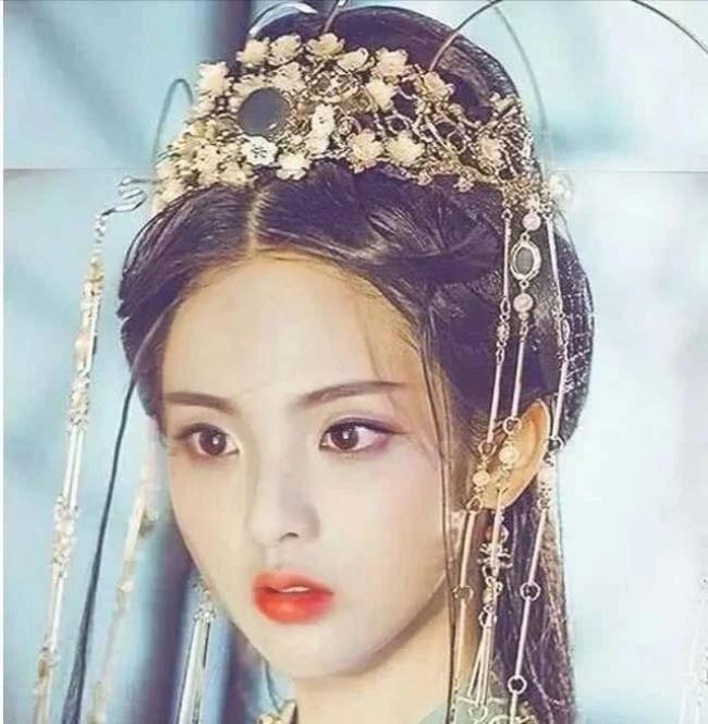Thôn nữ 21 tuổi bị phản ứng dữ dội khi giữ danh hiệu cô gái đẹp nhất Trung Quốc - 16