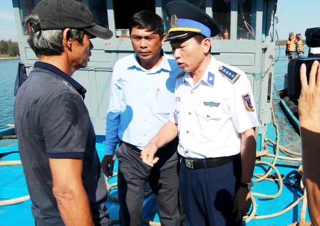 6 ngư dân Quảng Ngãi bị nạn ngoài biển
