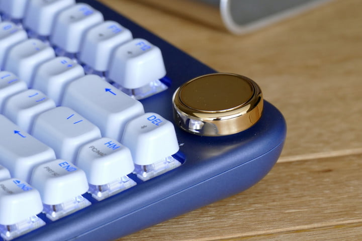 azio izo collection bluetooth keyboard hands on features price photos release date volume control