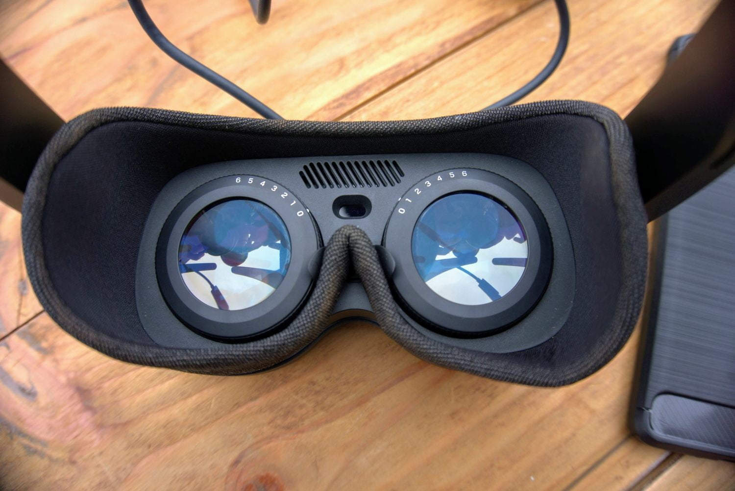 HTC Vive Flow diopeter correction.