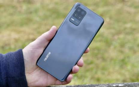 The Realme 8 5G shows the exciting future of cheap 5G phones