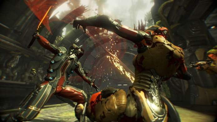 Players duel in Warframe with swords.