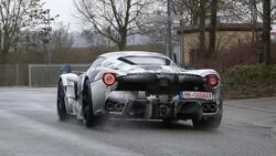 Ferrari'nin yeni hiper otomobili LaFerrari görüntülendi