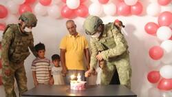 Barış Pınarı Harekatı sırasında doğan Pınar'a, askerlerin doğum günü sürprizi