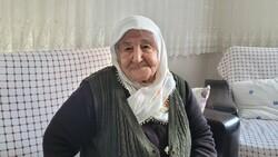 Akçaabat'ta koronavirüs'ü evde atlatan yaşlı kadın 'herkes aşısını olsun' dedi