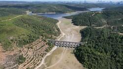 İstanbul'da barajlar adeta çöle döndü