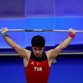 Avrupa Halter Şampiyonası'nda Muhammed Furkan Özbek'ten 2 altın madalya