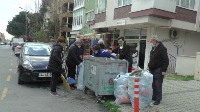 Maltepeli CHP liler, belediyeye destek için çöp topladı #4
