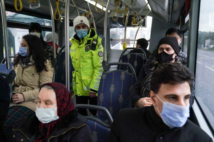 İstanbul da toplu taşıma araçlarında koronavirüs denetimi  #1