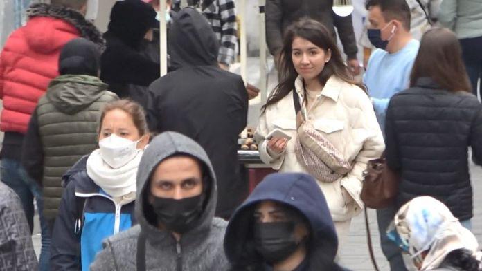 İstiklal Caddesi'nde pazar yoğunluğu #6