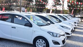 İzmir de 2 nci el otomobil satışında hareketlilik başladı #1