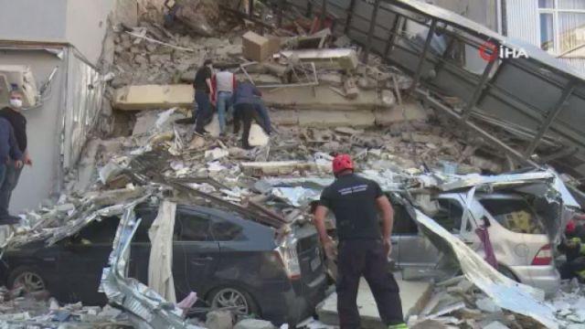 Gürcistan da 5 katlı bina çöktü #1