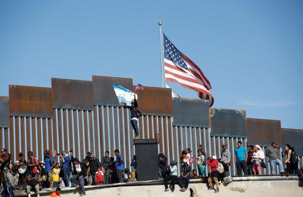 ABD-Meksika sınırı kapatıldı