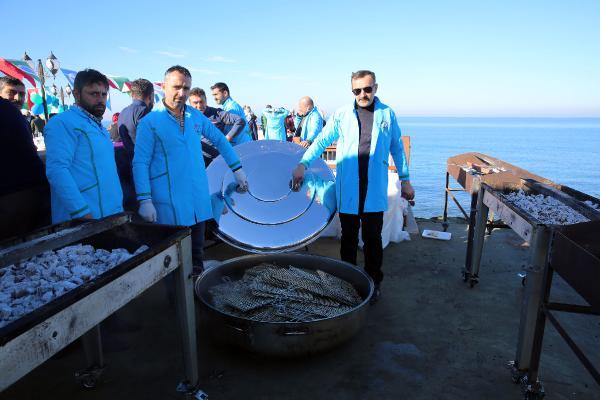 Rize'de 3 ton hamsi 1 saatte tüketildi
