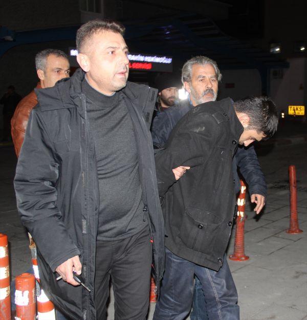 Konya'da polisten kaçan zanlıları çöp konteyneri durdurdu