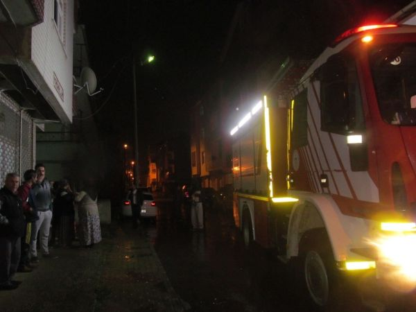 Gebze'de aynı sokakta 4 yangın çıktı