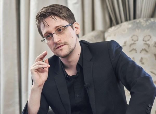 Edward Snowden'dan akıllı telefonlara güvenlik uygulaması