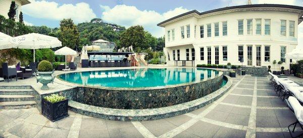 Dünyaca ünlü otel satılıyor