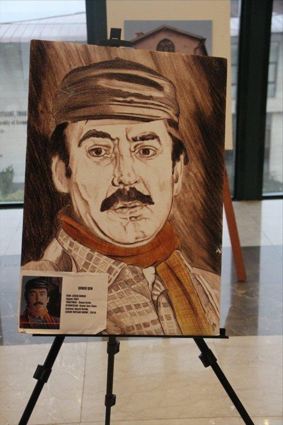 Yeşilçam'ın ünlü oyuncularını resmetti