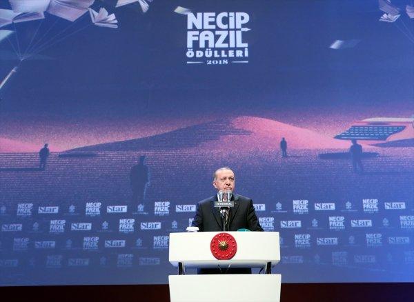 Erdoğan: Millete tepeden bakan, Necip Fazıl'ı anlayamaz
