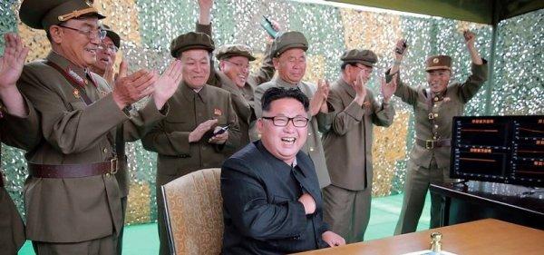 K.Kore'de depremler Kim Jong'un denemelerinden çıktı