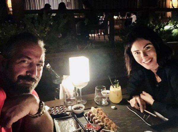 Cem Yılmaz'dan romantik Defne Samyeli açıklaması