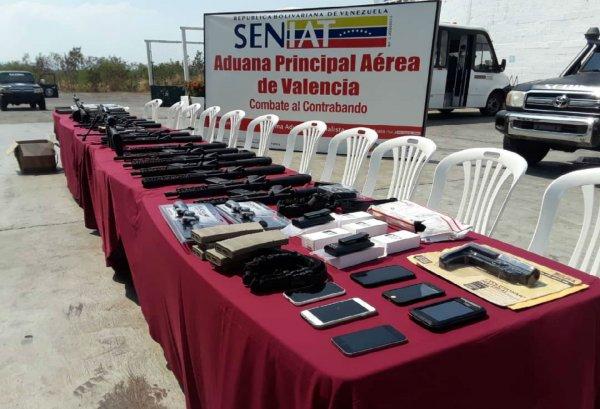 Venezuela'da Amerika'nın gönderdiği silahlar yakalandı