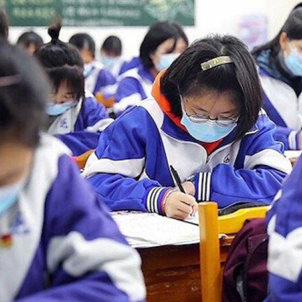 Çin'de bazı okullar eğitime kısmen başladı