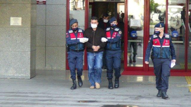 aldatma 3621 - Antalya'da aldatıldığından şüphelenen koca eşini ve kuzenini vurdu