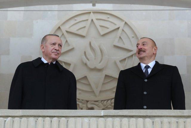 erdogan 2705 - İran Dışişleri Bakanı, Erdoğan'ın okuduğu şiirden rahatsız oldu