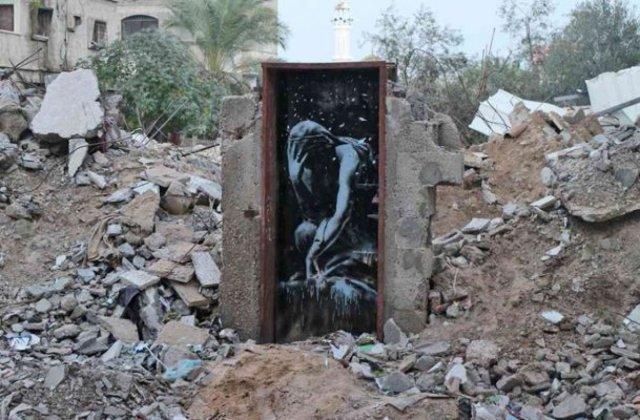 bansky 4705 - Banksy kimdir? Duvar ressamı Banksy gerçek adı nedir? Banksy duvar resimleri..