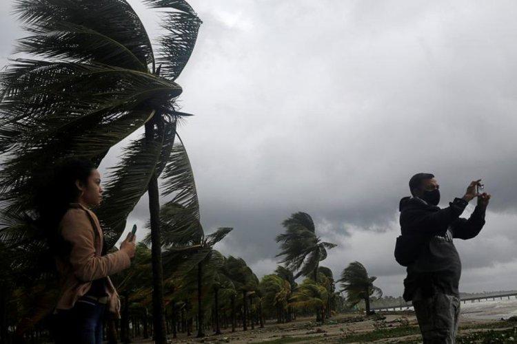 Kasırgaların hızının iki katından fazla arttığı ortaya çıktı #1