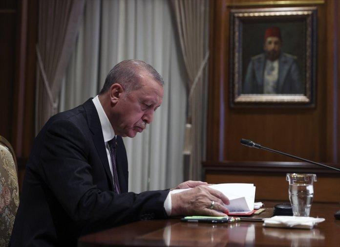 Cumhurbaşkanı Erdoğan, Macron la görüştü #1