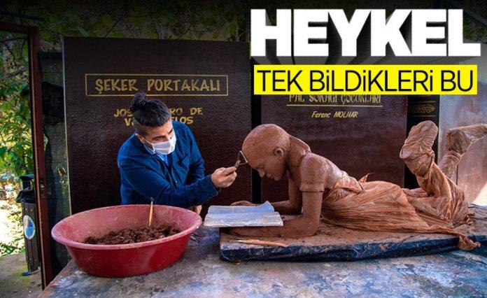 AK Parti nin 1 Nisan şakasında heykel var #2