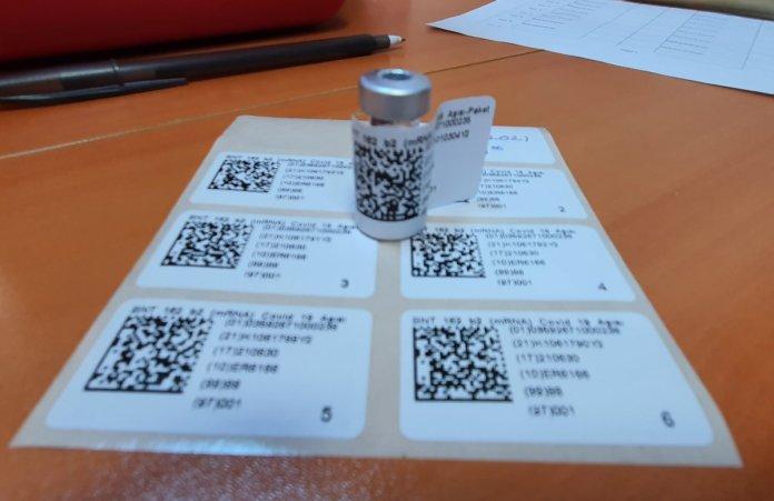 Depodan hastaneye BioNTech aşısının yolculuğu #5